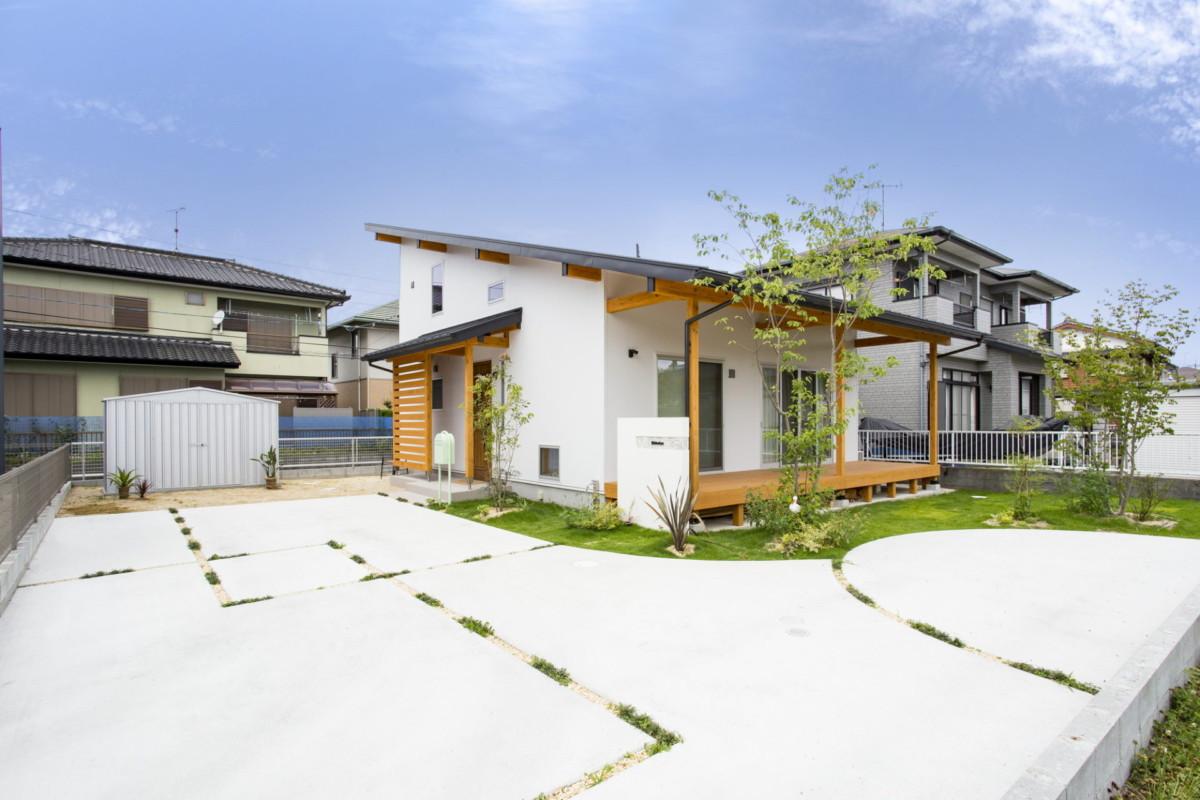 福岡県久留米市「シンプルで柔らかなナチュラルエクステリア」外構工事イメージ