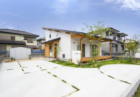 福岡県久留米市「シンプルで柔らかなナチュラルエクステリア」外構工事
